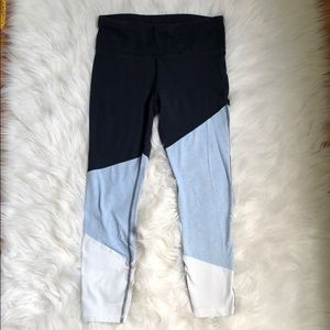 Blue and white performance cotton leggings
